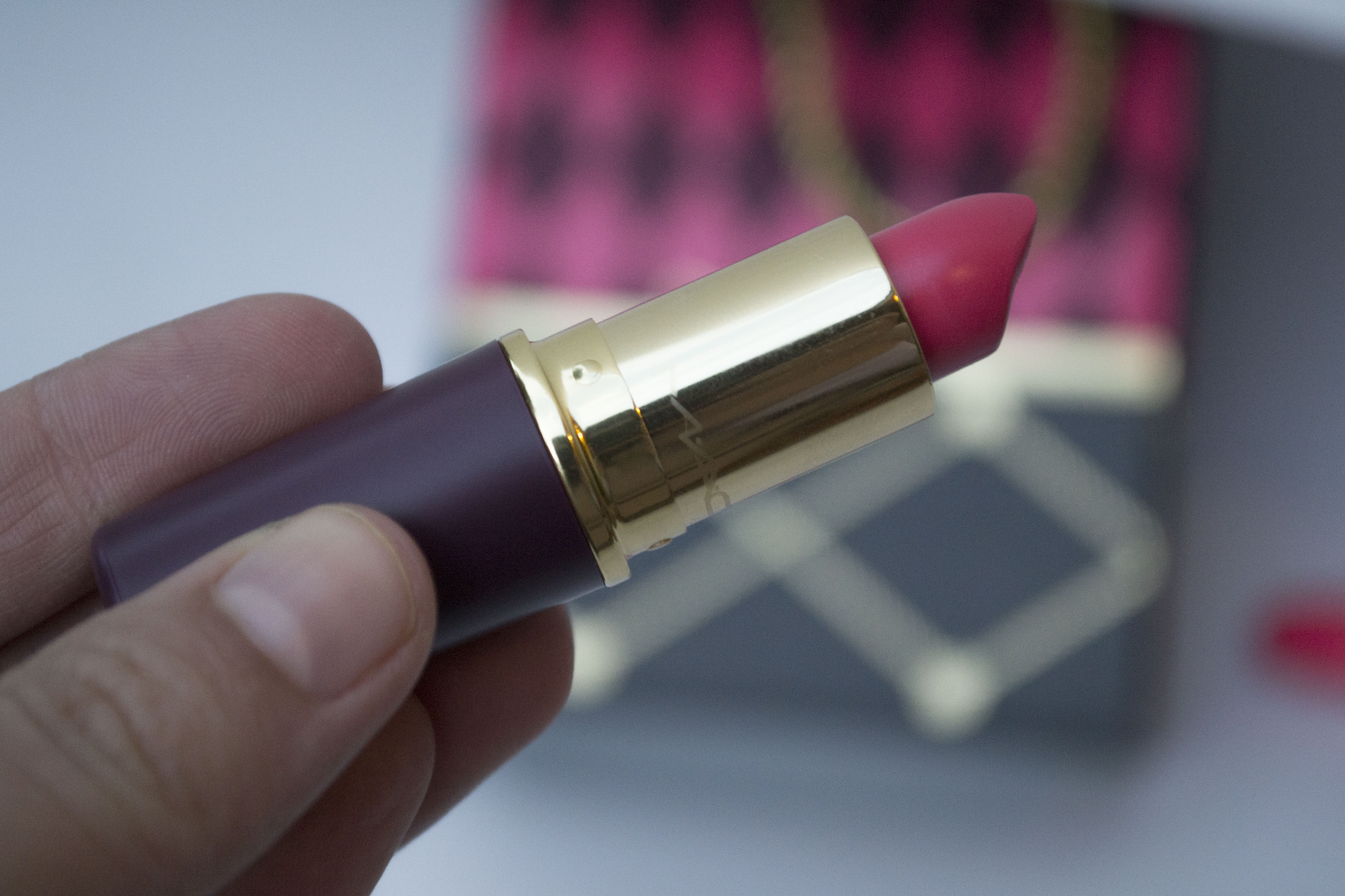 saucy-little-darling-lipstick_3