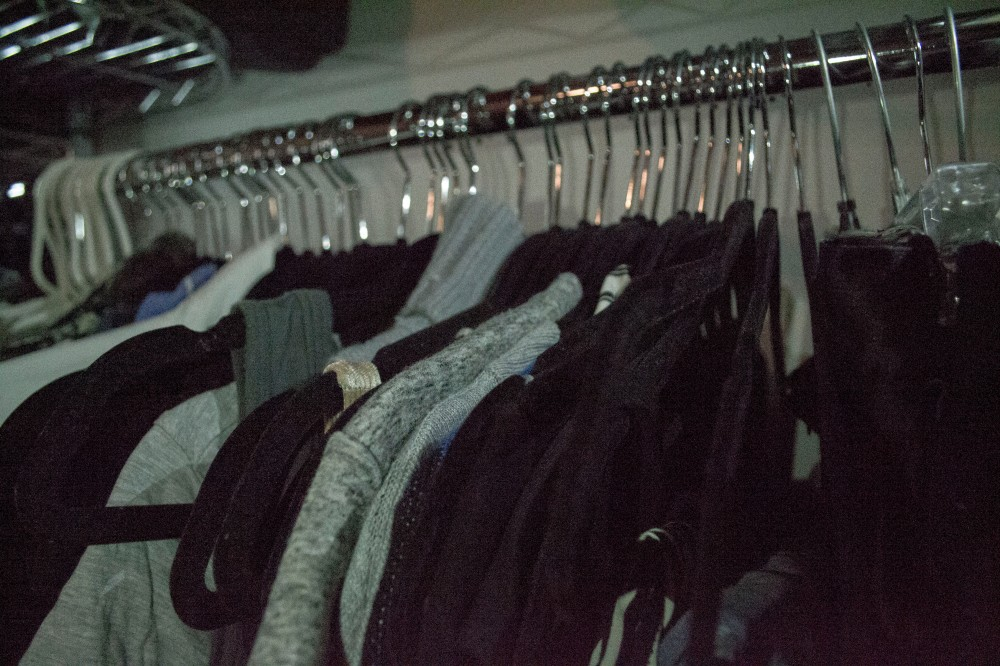 how-to-clean-out-your-closet_1