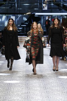 dolcegabbana_womens-fashion-show-fw17-18_runway-images-26