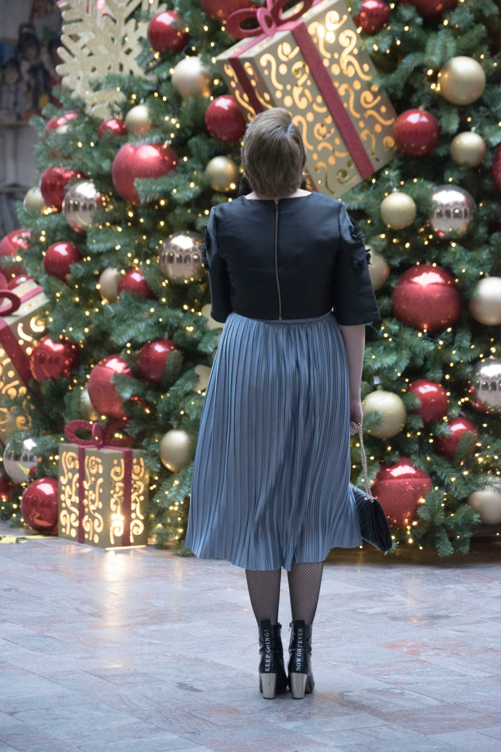 CHRISTMAS OUTFIT ONE_11