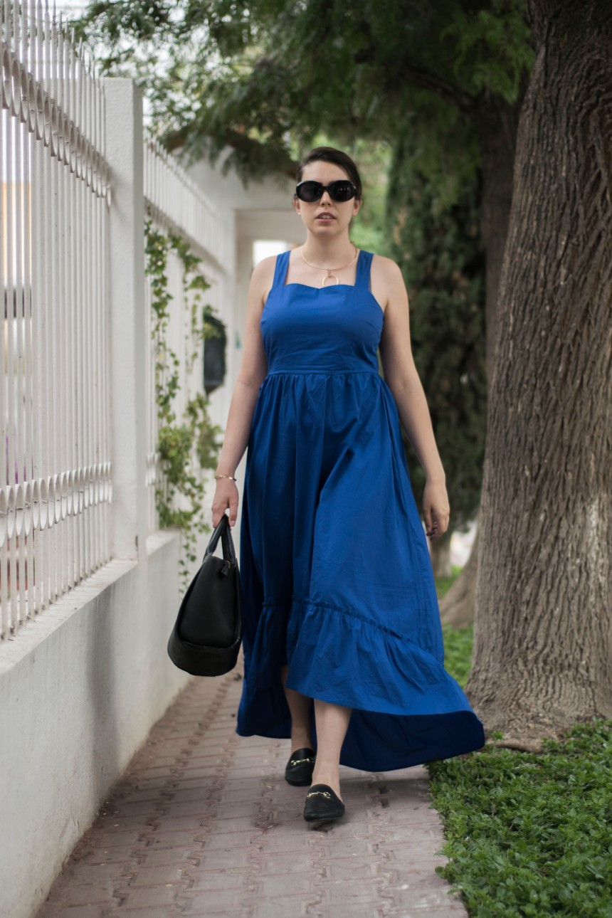 THE BLUE DRESS_3