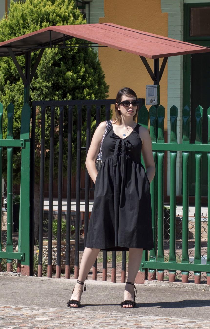 Black lace up dress_1