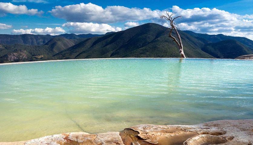 volaris-hierve-el-agua-un-tesoro-natural-de-oaxaca